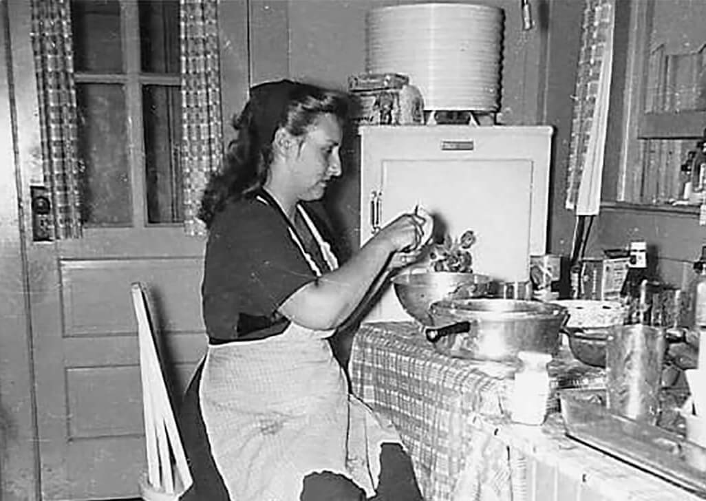 Emma Louise Chituck in her kitchen1951
